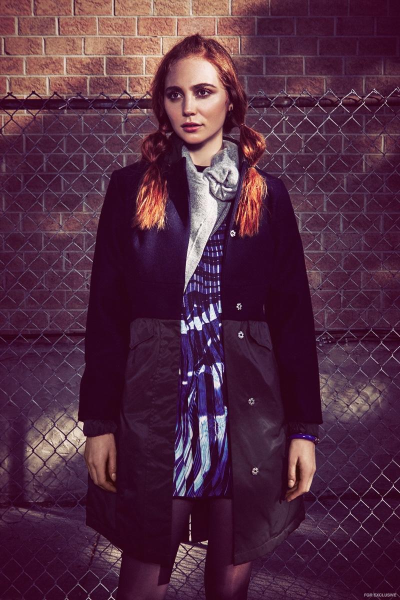 Coat Spiewak, Dress Lina Michal, Sweater 81 Hours, Earrings Luz Ortiz, Bracelet Luz Ortiz
