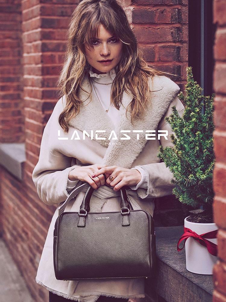 Behati-Prinsloo-Lancaster-Christmas-2015-Campaign04