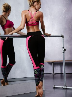 Candice Swanepoel Sports Workout Looks for Victoria's Secret