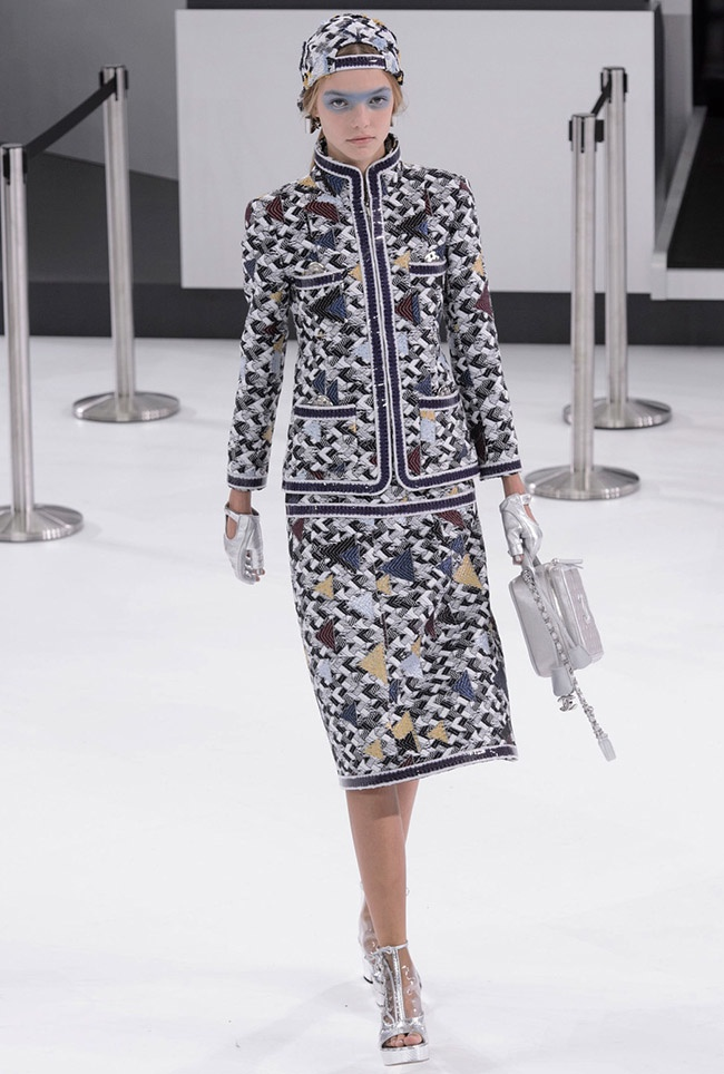 Chanel Spring 2016 | Paris Fashion Week