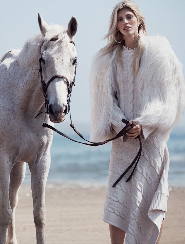 Devon-Windsor-Vogue-Mexico-November-2015-Photoshoot04