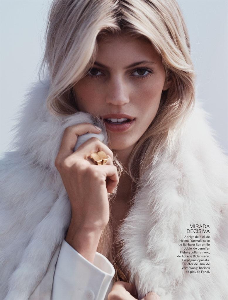 Devon-Windsor-Vogue-Mexico-November-2015-Photoshoot08