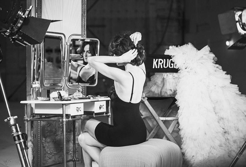 Diane-Kruger-Violet-Grey-2015-Photoshoot06