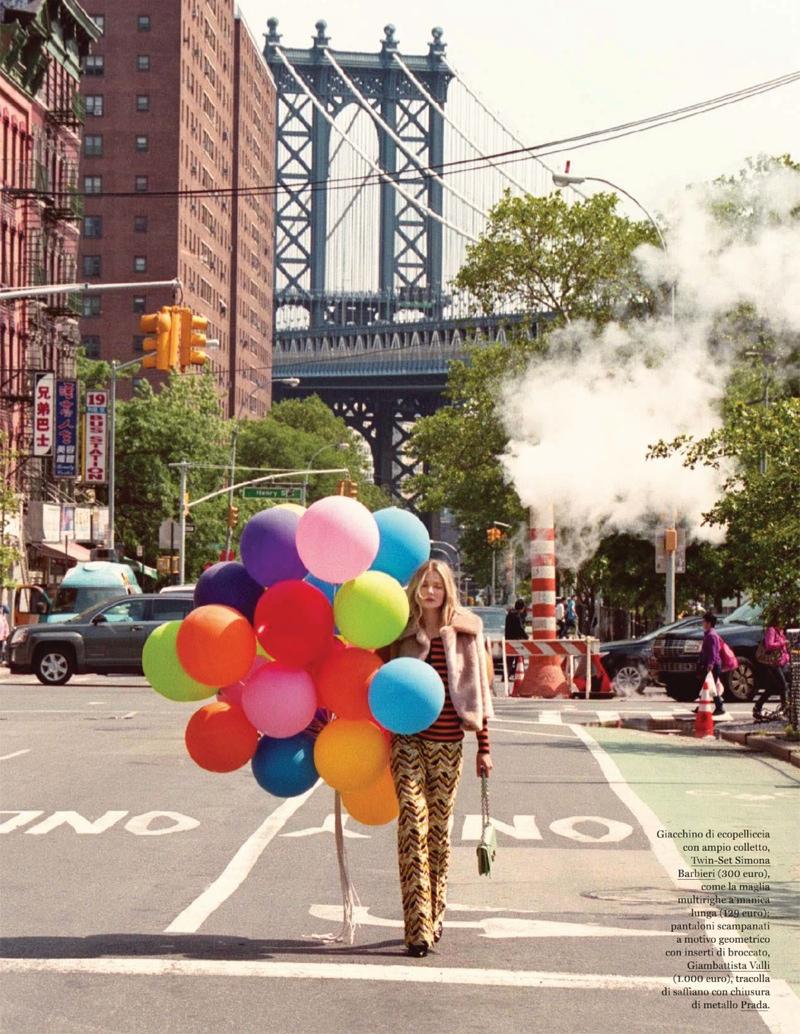 Eniko-Mihalik-Balloons-ELLE-Italy-Editorial04