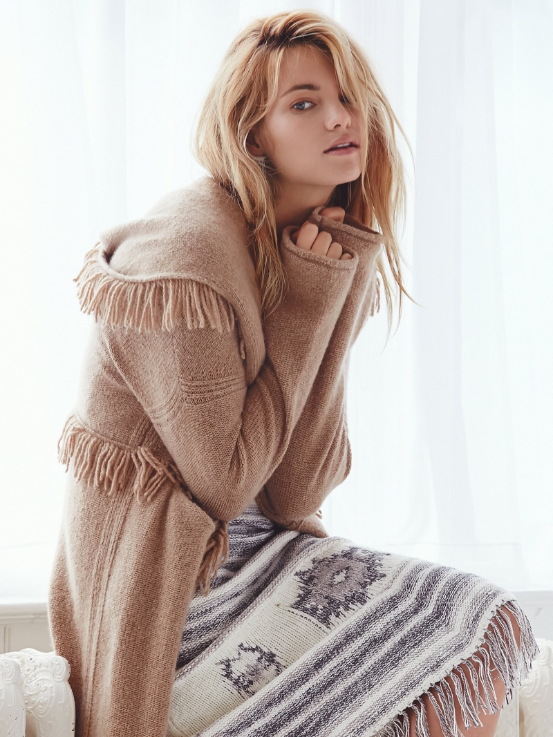 Elyse Taylor Models Free People's Cozy Fall Knitwear