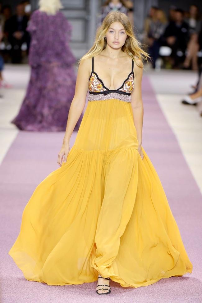 Giambattista Valli Spring 2016 - Paris Fashion Week