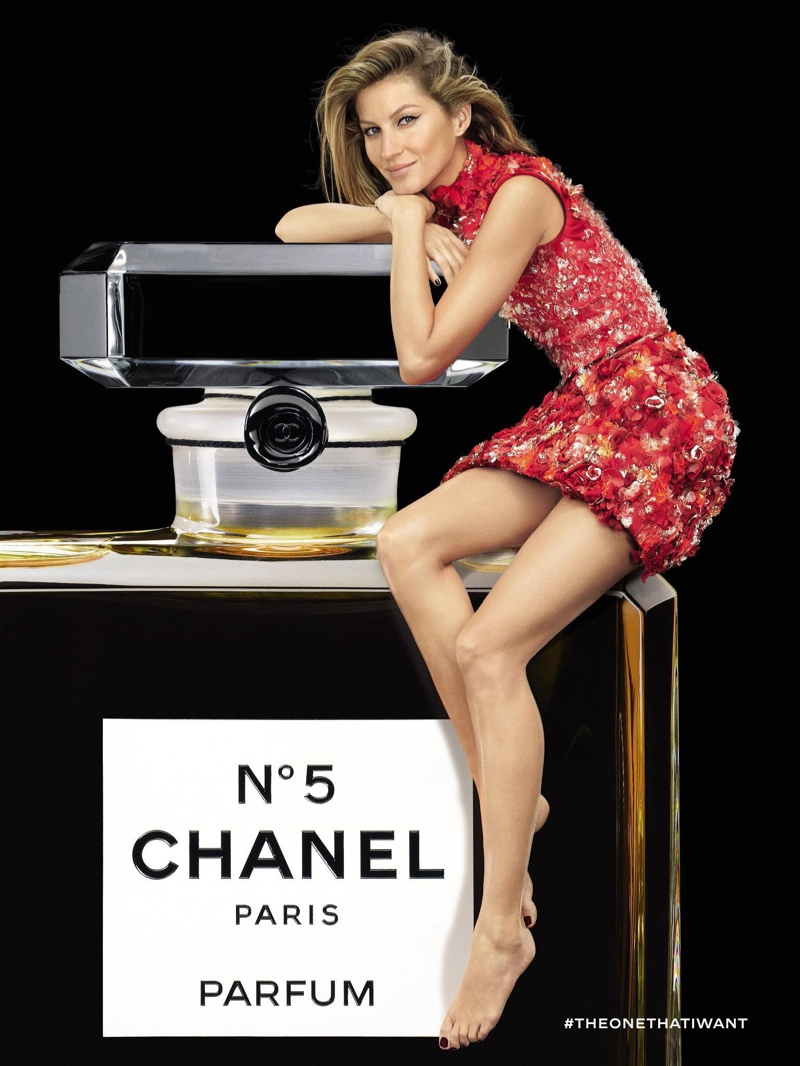 gisele bundchen chanel no 5 red dress ad campaign02. Black Bedroom Furniture Sets. Home Design Ideas