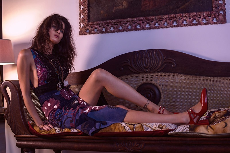 Isabeli Fontana Lounges in Style for Vogue Brazil by Mariano Vivanco
