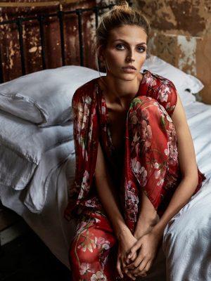 Karlina Caune Poses in Fall Looks for TELVA by Tomás de la Fuente