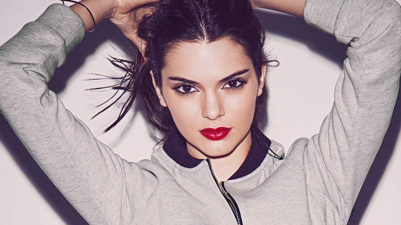 Kendall sports a vibrant red lipstick shade