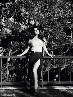 Lana Del Rey Goes Poolside for Billboard Cover Story