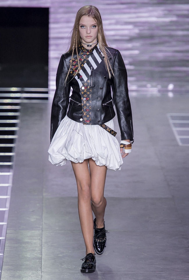 A look from Louis Vuitton's spring 2016 collection