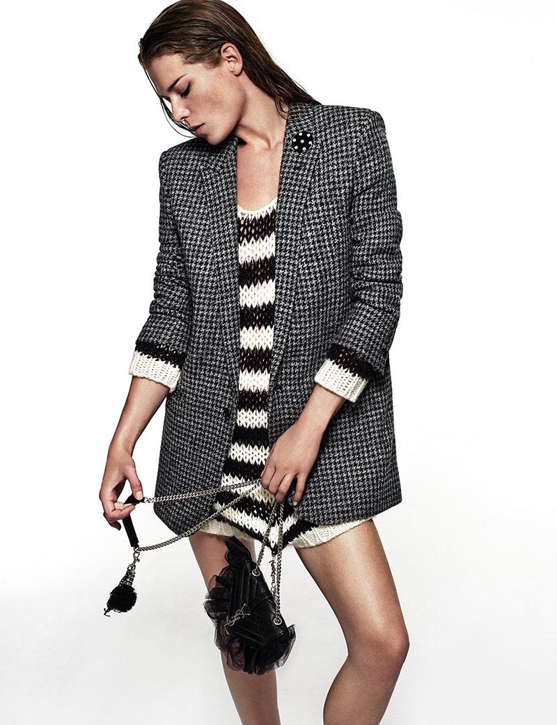 Louise poses for Xavi Gordo in bold prints