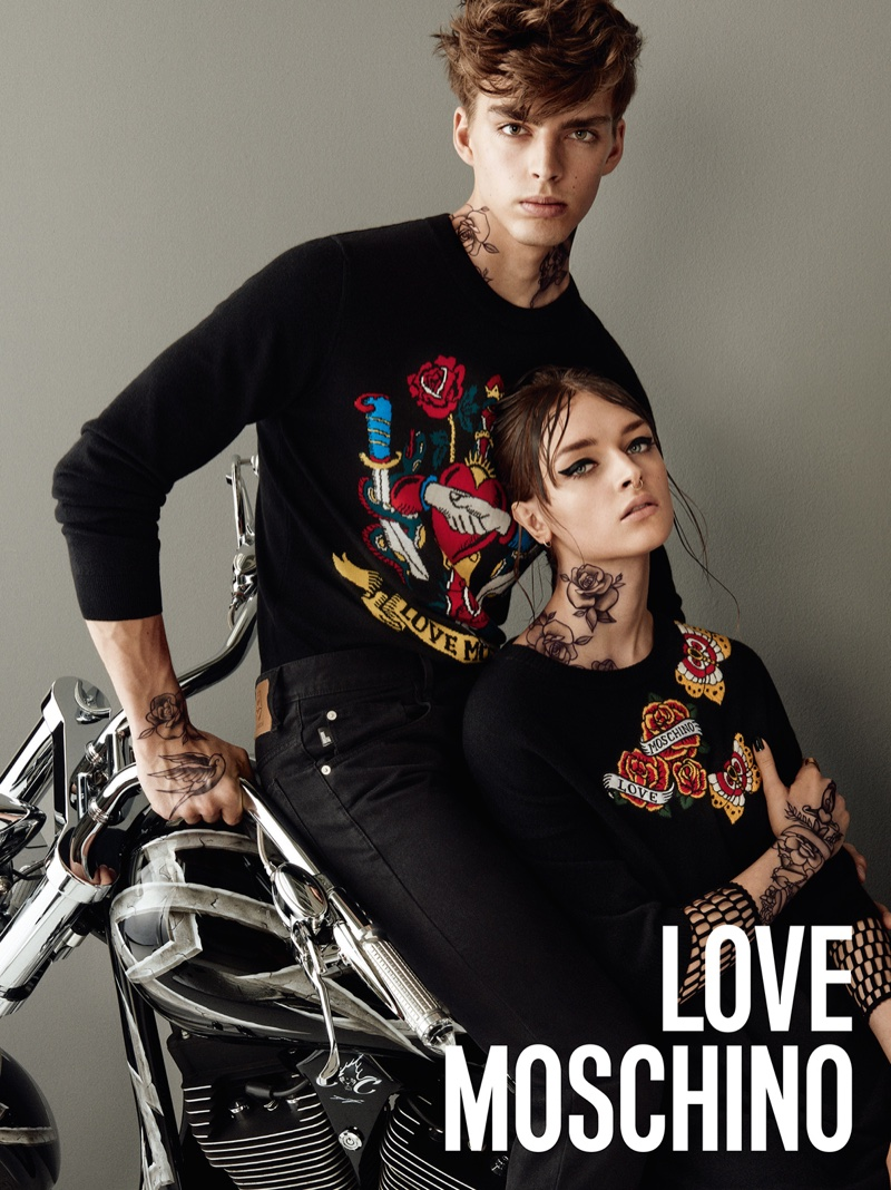 The pair look biker chic with tattoos and piercings
