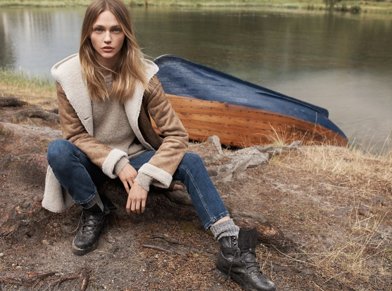 Sasha Pivovarova stars in Mango's fall style edit