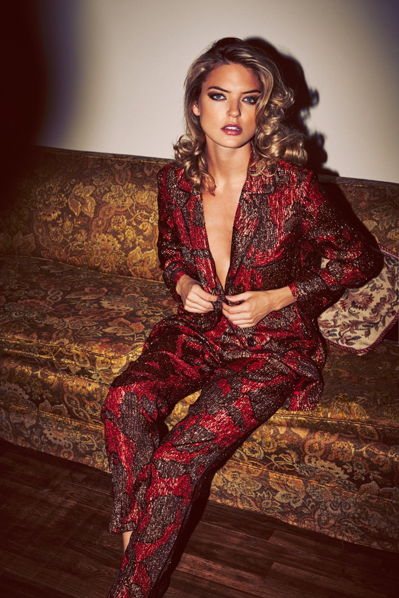 Martha poses for Guy Aroch in the editorial