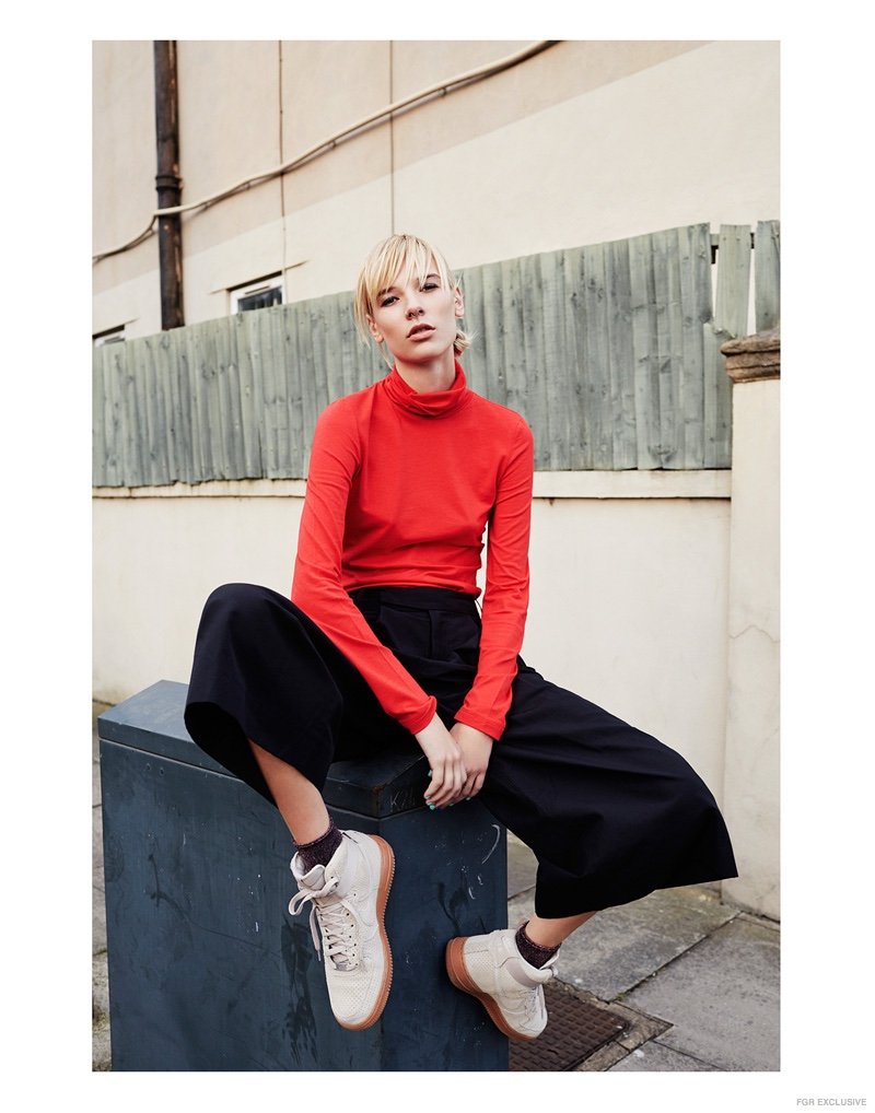 Red Polo Neck Monki, Wide Leg Cropped Trousers Folk, Socks Topshop, Trainers Nike