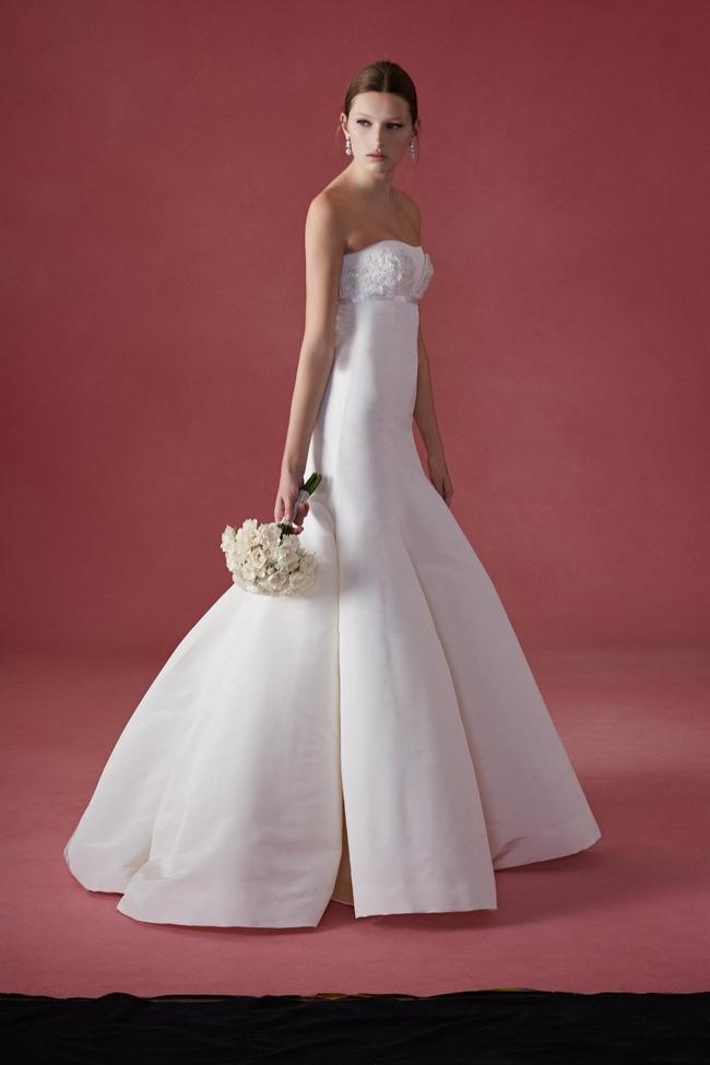 See oscar de la rentas fall 2016 wedding dresses see oscar de la rentas fall 2016 wedding dresses 1 2 3 junglespirit Images