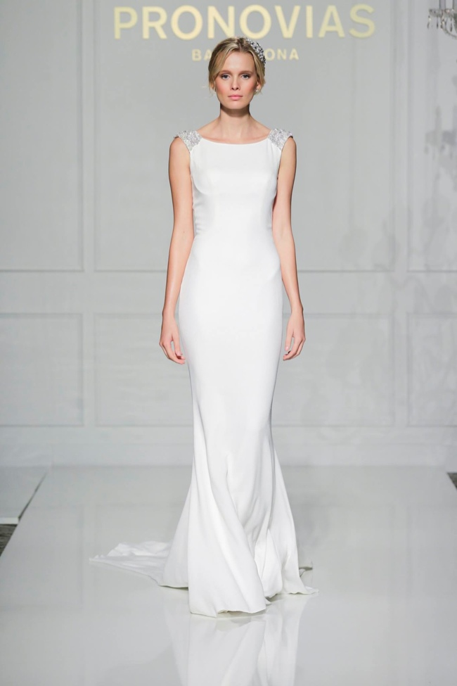 Pronovia Stages a Runway Show in New York for Fall 2016