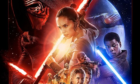The final poster art for Star Wars: The Force Awakens has been revealed by Disney. The poster captures the spirit of the original, Drew Struzan illustrated images.