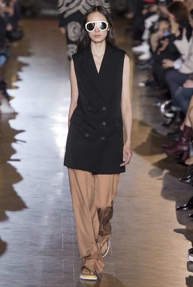 Stella McCartney Spring 2016 | Paris Fashion Week