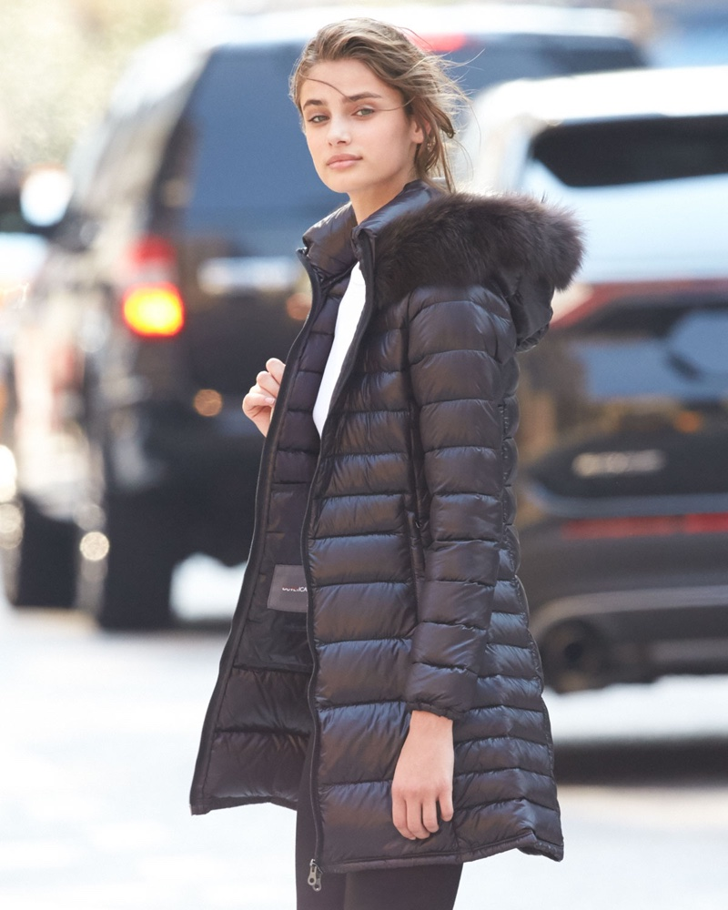 Taylor Hill Ups Her Selfie Game For Neiman Marcus