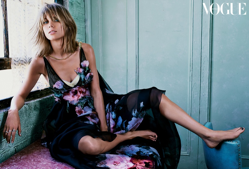 Taylor Swift Gets Romantic for Vogue Australia Cover Story