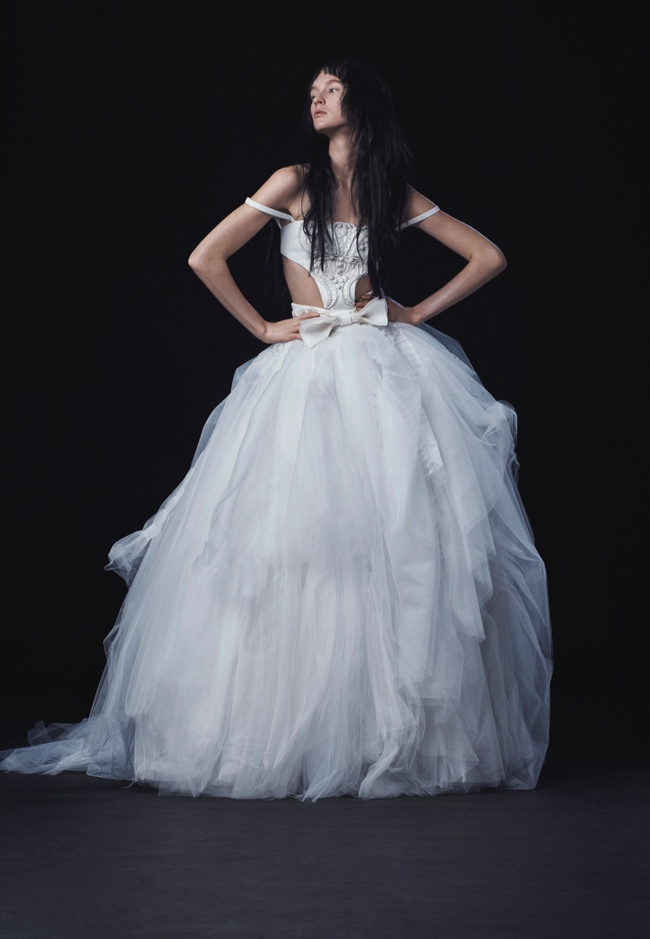 Vera Wang Bridal Embraces High Hemlines for Fall 2016
