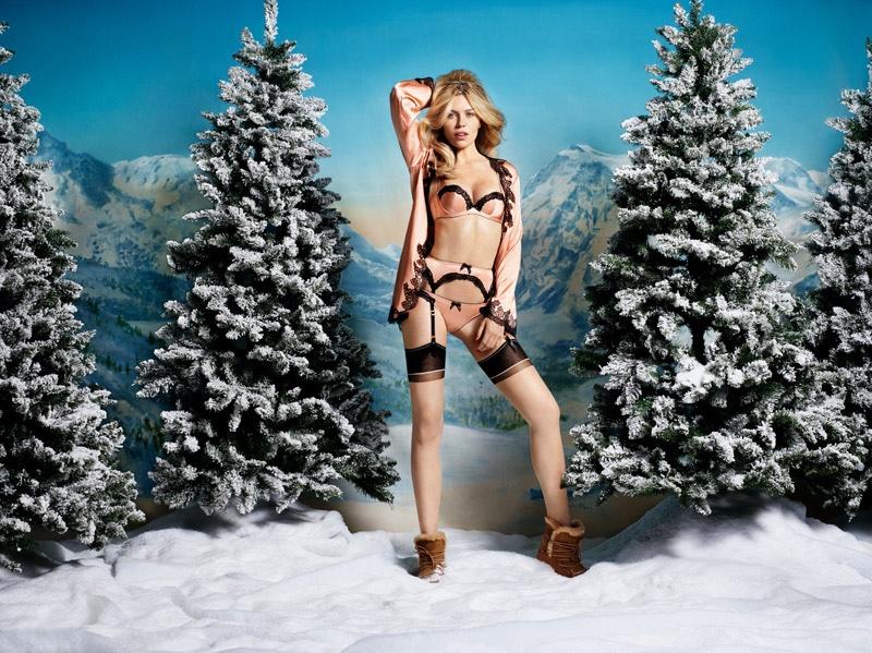 Agent-Provocateur-Abbey-Clancy-Christmas-2015-Lingerie05