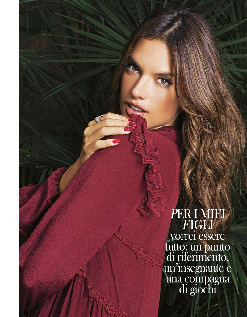 Alessandra-Ambrosio-Grazia-Italy-November-2015-Cover-Photoshoot03