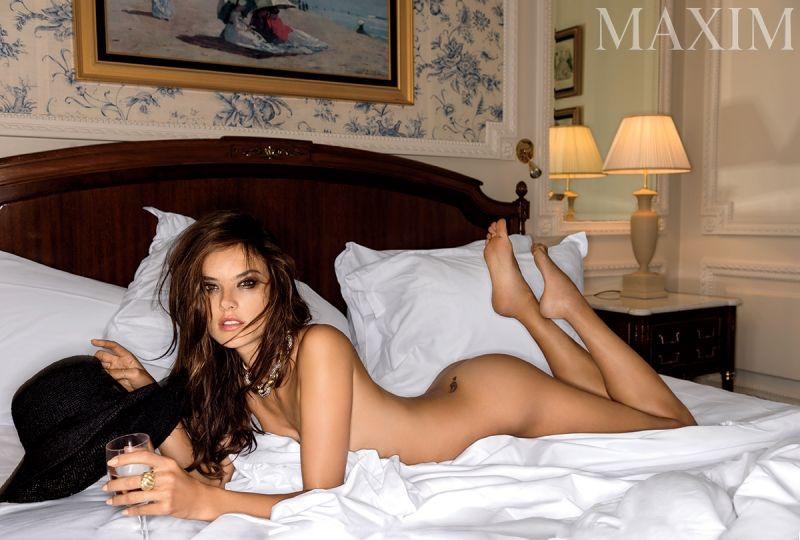 Alessandra-Ambrosio-Maxim-Magazine-Naked-2015-Photoshoot07