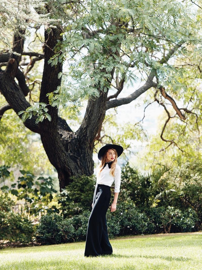 Amber-Heard-C-Magazine-November-2015-Cover-Photoshoot03