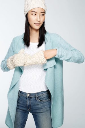 Cozy Chic: Ji Hye Park Models Winter Accessories from Anthropologie