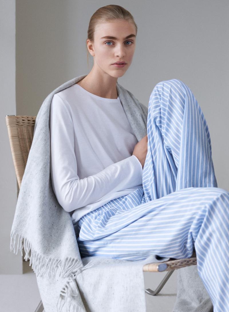 COS-Loungewear-Holiday-2015-Lookbook04