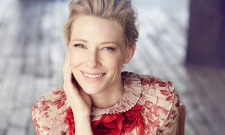 Cate Blanchett poses in Gucci dress