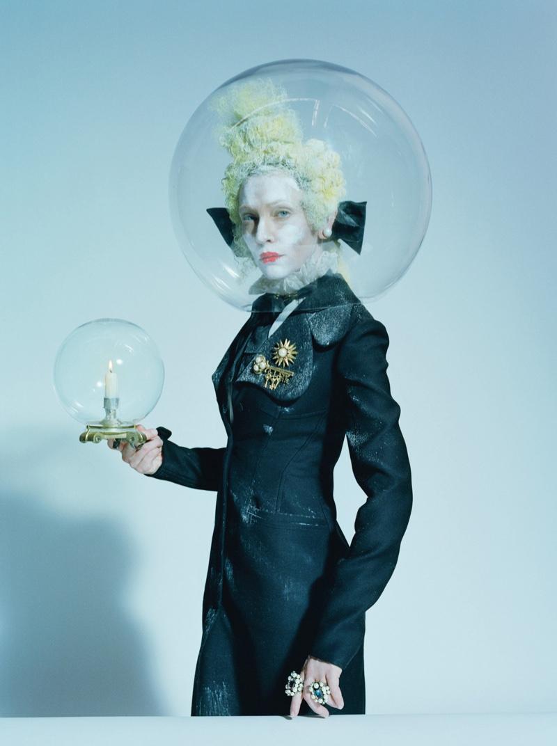 Cate-Blanchett-W-Magazine-December-2015-Cover-Photoshoot07