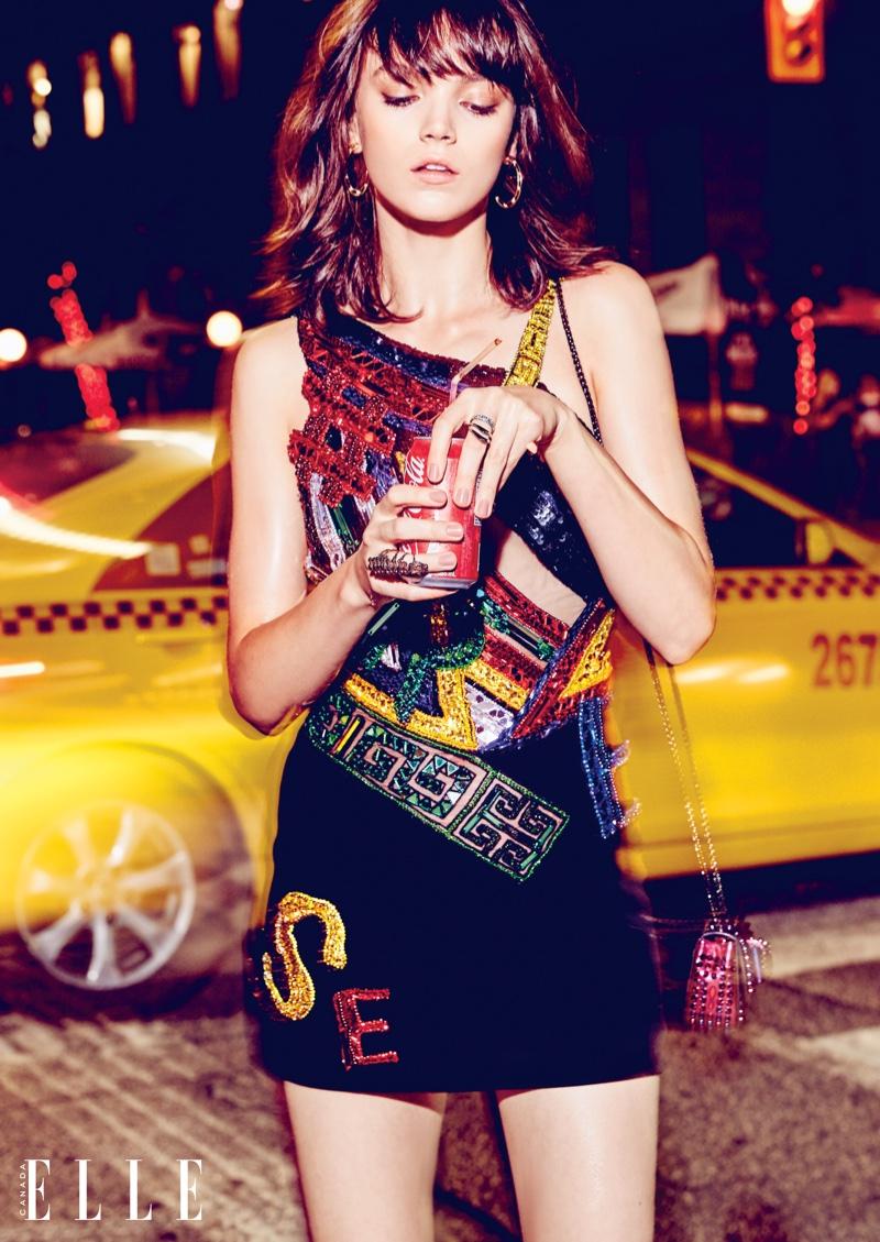 Elle-Canada-Sequin-Metallic-Dresses-Editorial09