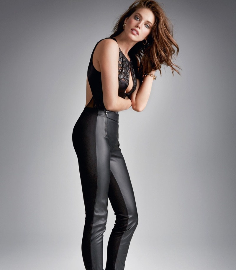 Emily-DiDonato-Calzedonia-Fall-2015-Pictures05