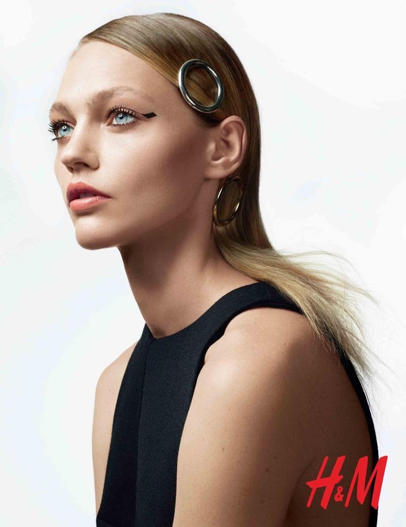 Sasha Pivovarova stars in H&M Beauty shoot