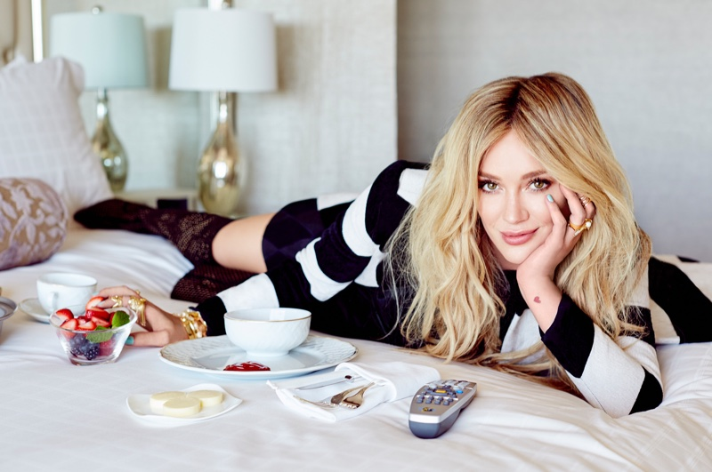 Hilary-Duff-Glamour-Mexico-November-2015-Cover-Photoshoot03