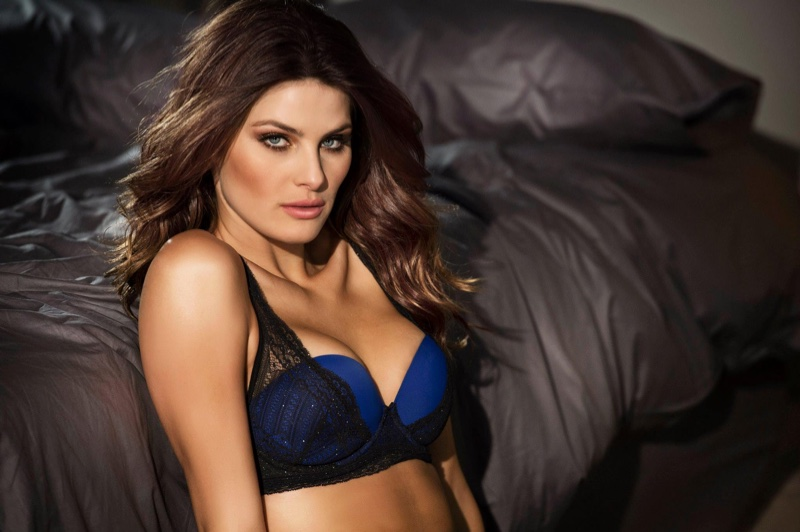 Isabeli-Fontana-Leonisa-Lingerie-2015-Campaign-Pictures06
