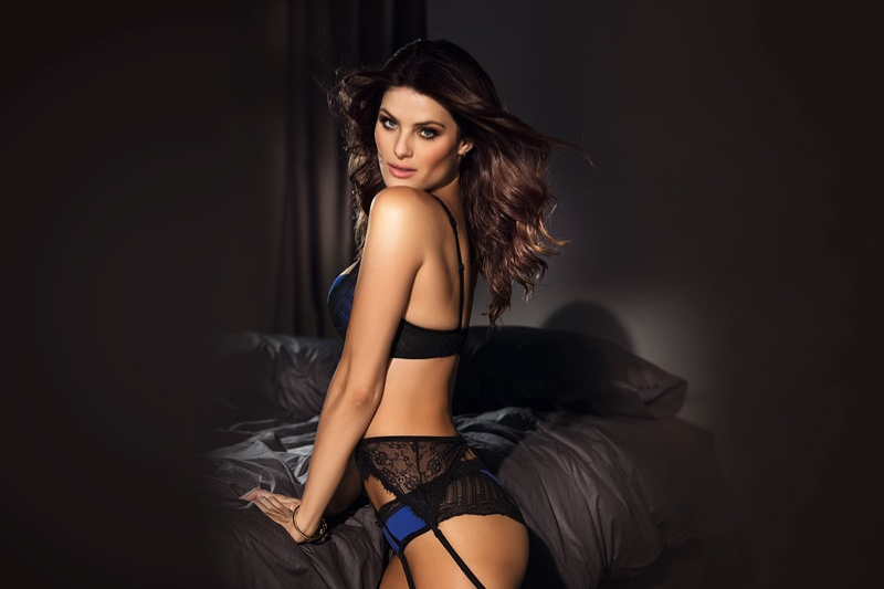 Isabeli-Fontana-Leonisa-Lingerie-2015-Campaign-Pictures08