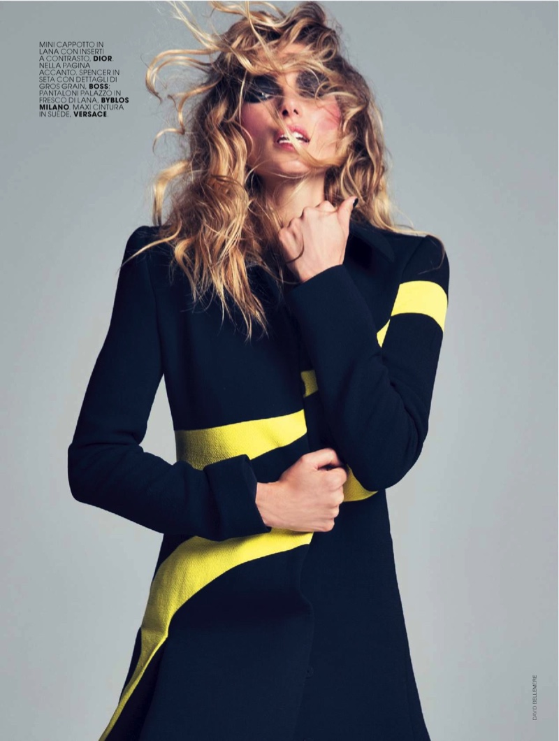 Jessica-Hart-Marie-Claire-Italy-December-2015-Cover-Photoshoot05
