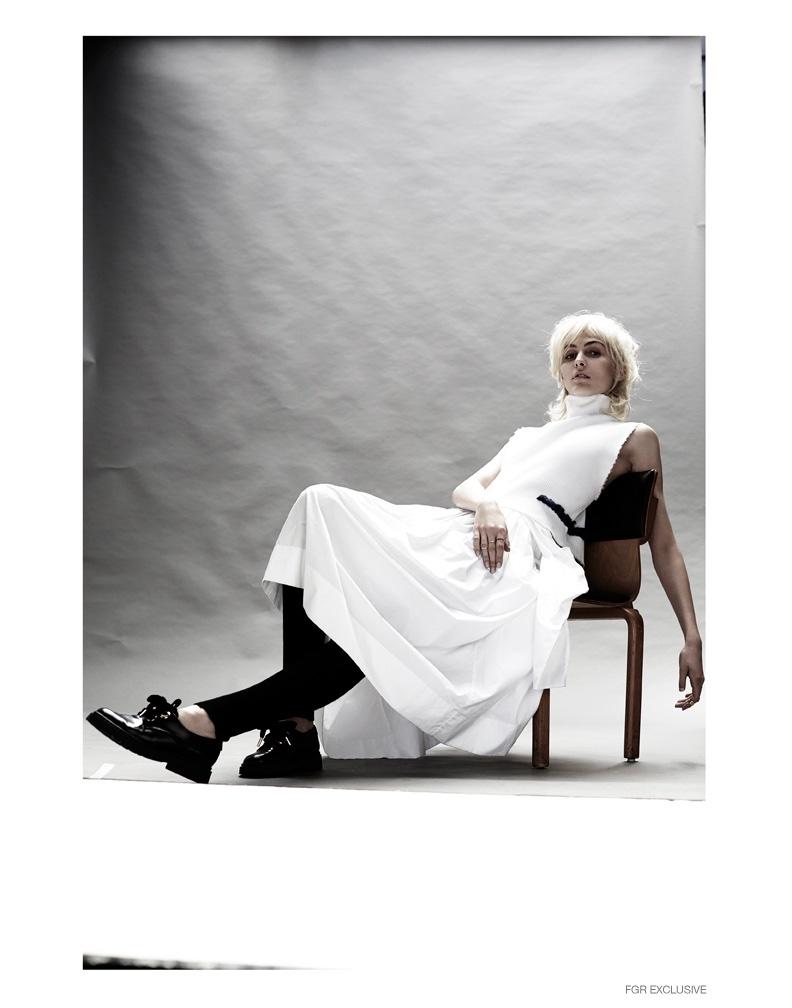 Top Jacket Fausteine Steinmetz, Dress Asli Polat, Shoes Paul & Joe, Leggings Escada, Rings (worn throughout) Ekria