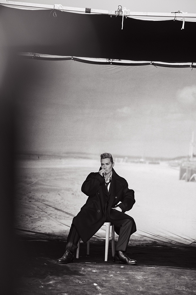 Kate-Winslet-Suit-Style-Peter-Lindbergh06