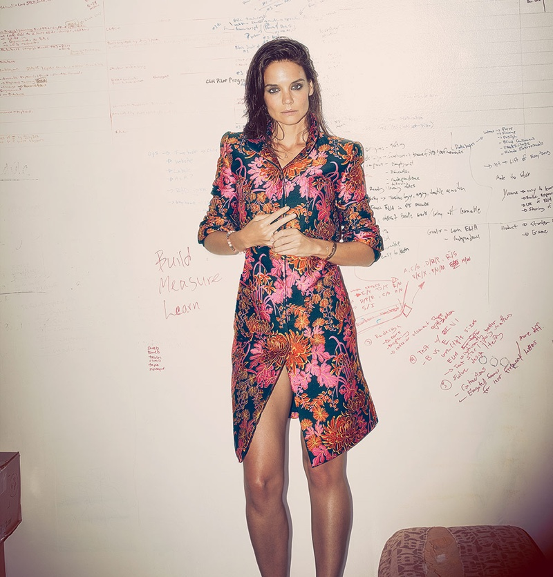 View more pictures katie holmes rocks the wet hair look for ocean