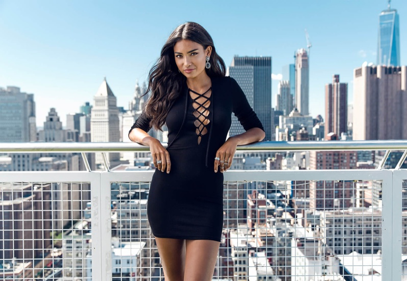 Kelly-Gale-Nelly-Fall-2015-Campaign10