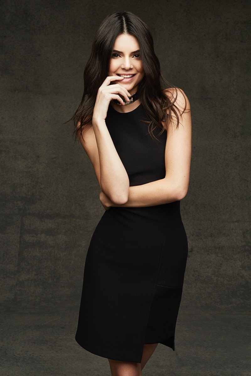 Kendall-Kylie-Jenner-Topshop-Holiday-2015-Photoshoot03