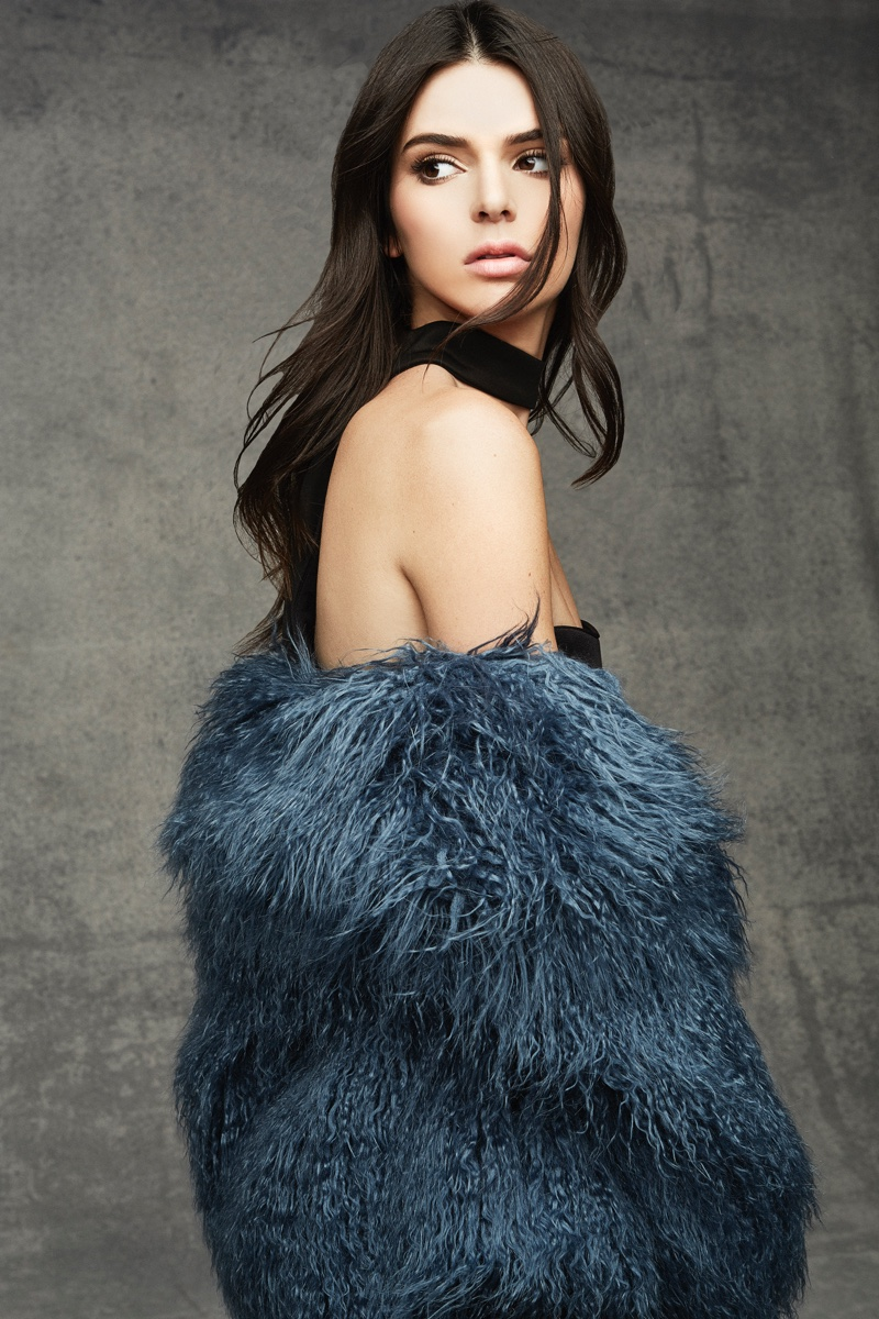 Kendall-Kylie-Jenner-Topshop-Holiday-2015-Photoshoot09