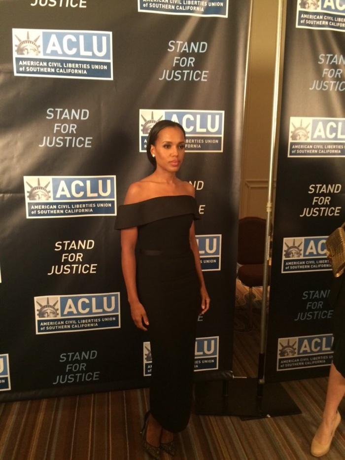 Kerry Washington at the ACLU Bill of Rights Dinner wearing a BOSS black dress